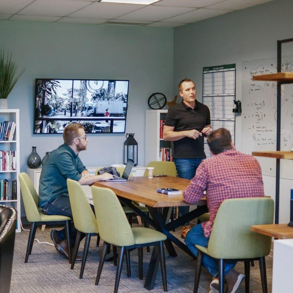 Zach Weihrauch teaching church planting residents